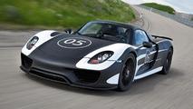 Porsche 918 Spyder makes dynamic debut at Goodwood