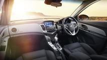2015 Holden Cruze facelift revealed