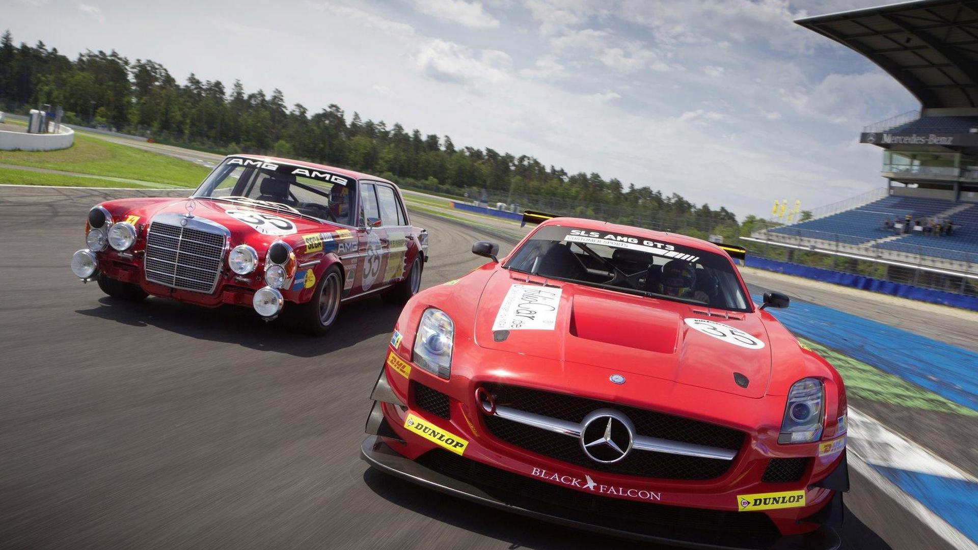 Mika Häkkinen makes racing return with Mercedes-Benz SLS AMG GT3 [video]