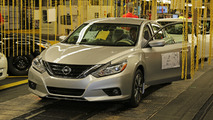 2016 Nissan Altima goes into production [video]