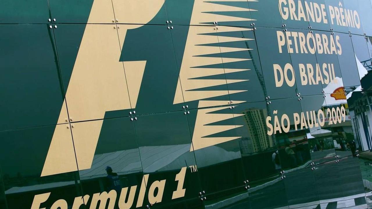 Sao Paulo, Brazil, Formula 1 World Championship, Rd 16, Brazilian Grand Prix
