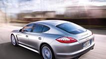 Porsche Panamera with V6 to hit U.S. dealerships