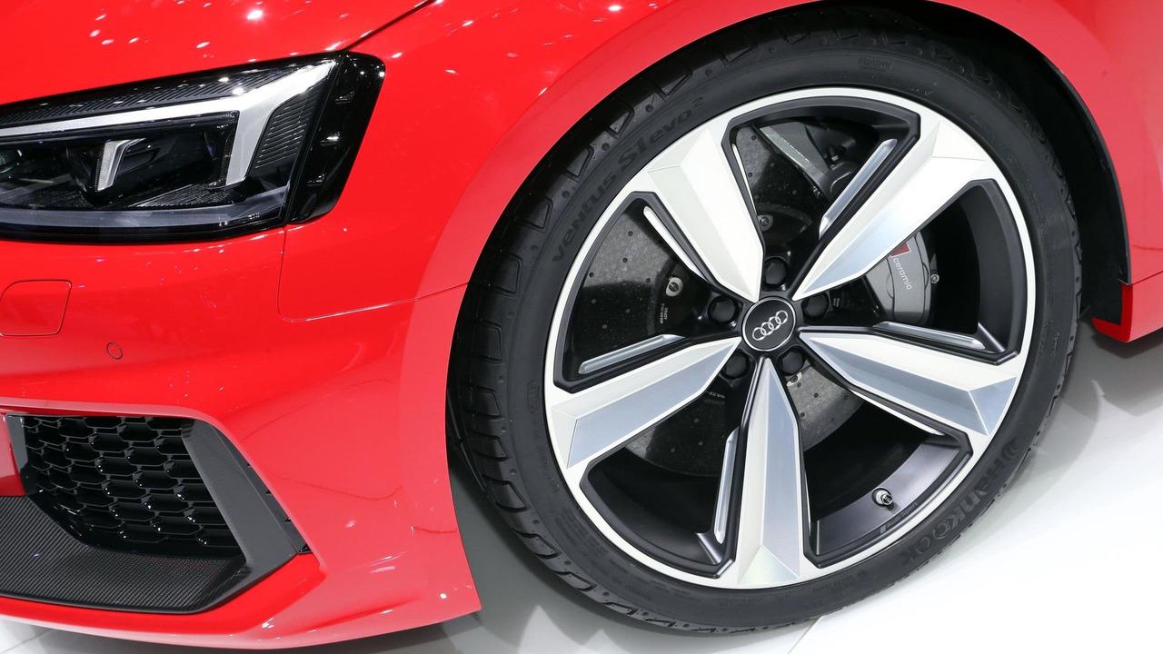 2016 - [Audi] A5 Coupé, Cabriolet et Sportback - Page 13 2018-audi-rs5-coupe