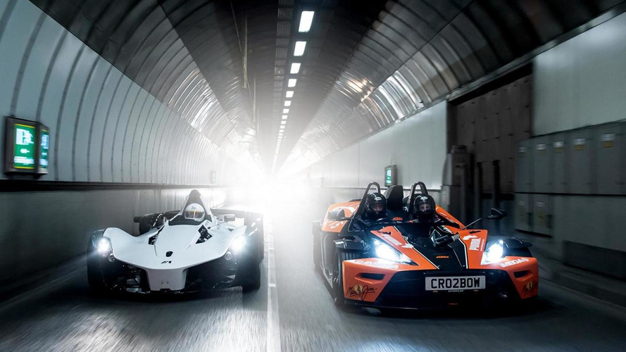 BAC Mono, Ariel Atom, KTM X-BOW and Caterham R300 trip to London [video]