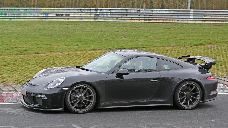 Porsche 911 GT3 facelift tackles the Nurburgring