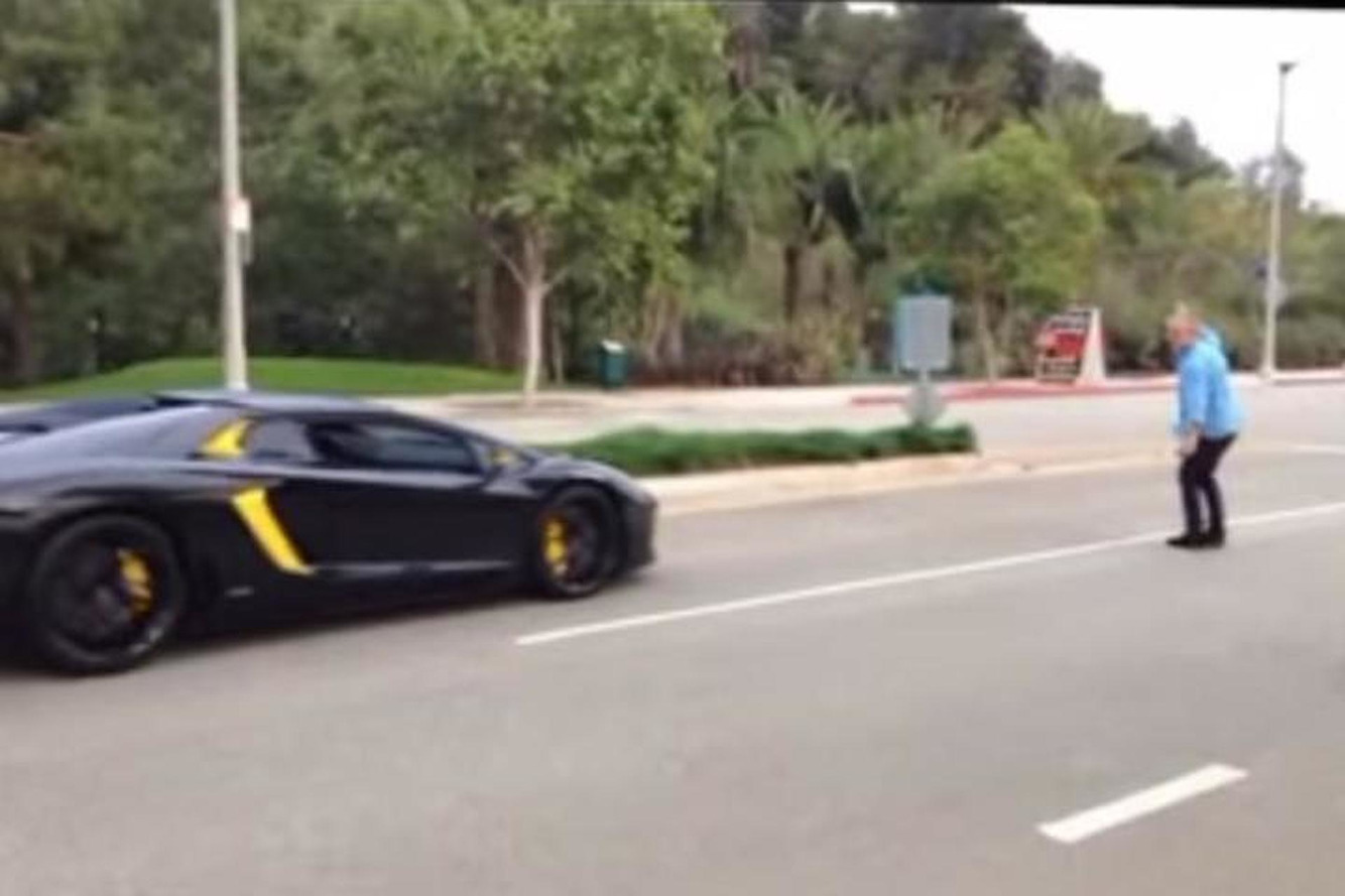 Angry Dude Throws A Rock at a $400K Lamborghini [Video]