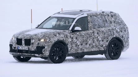 BMW X7 spied hiding design under fake panels
