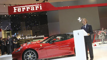 Fiat 'would consider' selling some Ferrari shares