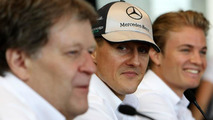 Schumacher still committed to F1 through 2012