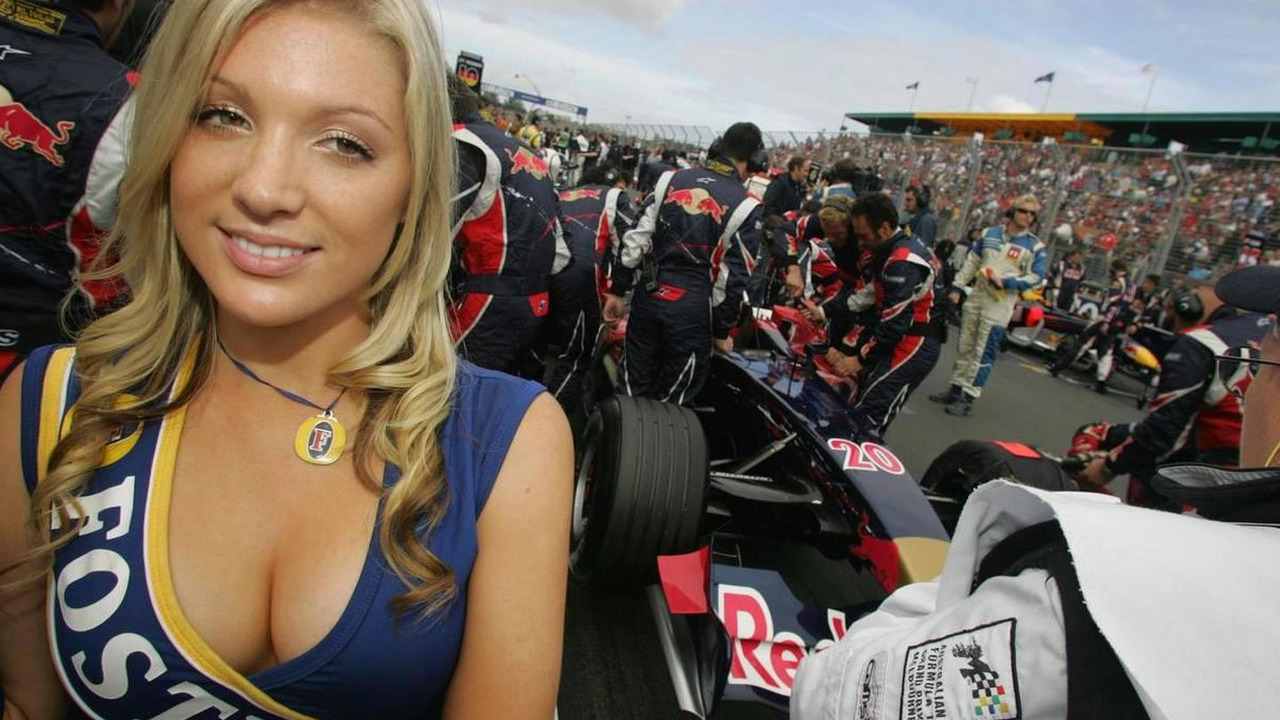 grid girl - Formula 1 World Championship, Rd 3, Australian Grand Prix, 02.04.2006 Melbourne, Australia