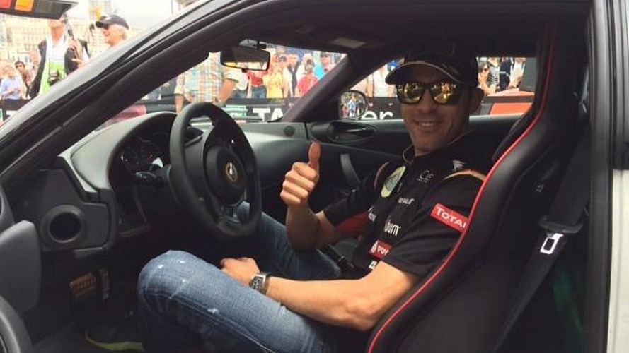 Pastor Maldonado gets a new Lotus Evora S