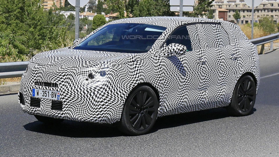 All-new Peugeot 3008 prototype caught in action [video]