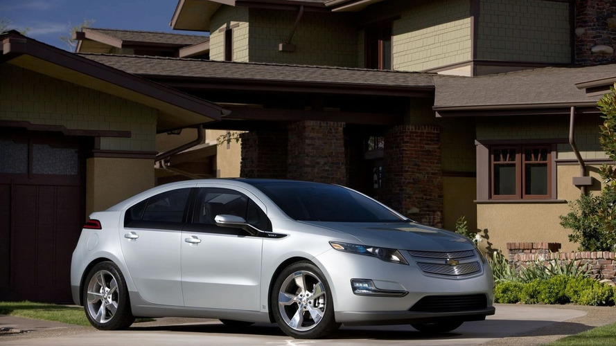 2011 Chevrolet Volt pricing starts at $41,000, lease for $350/mth