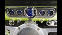 Ford Mustang Restomod - Green