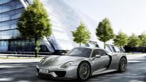 Porsche 918 Spyder production variant breaks cover