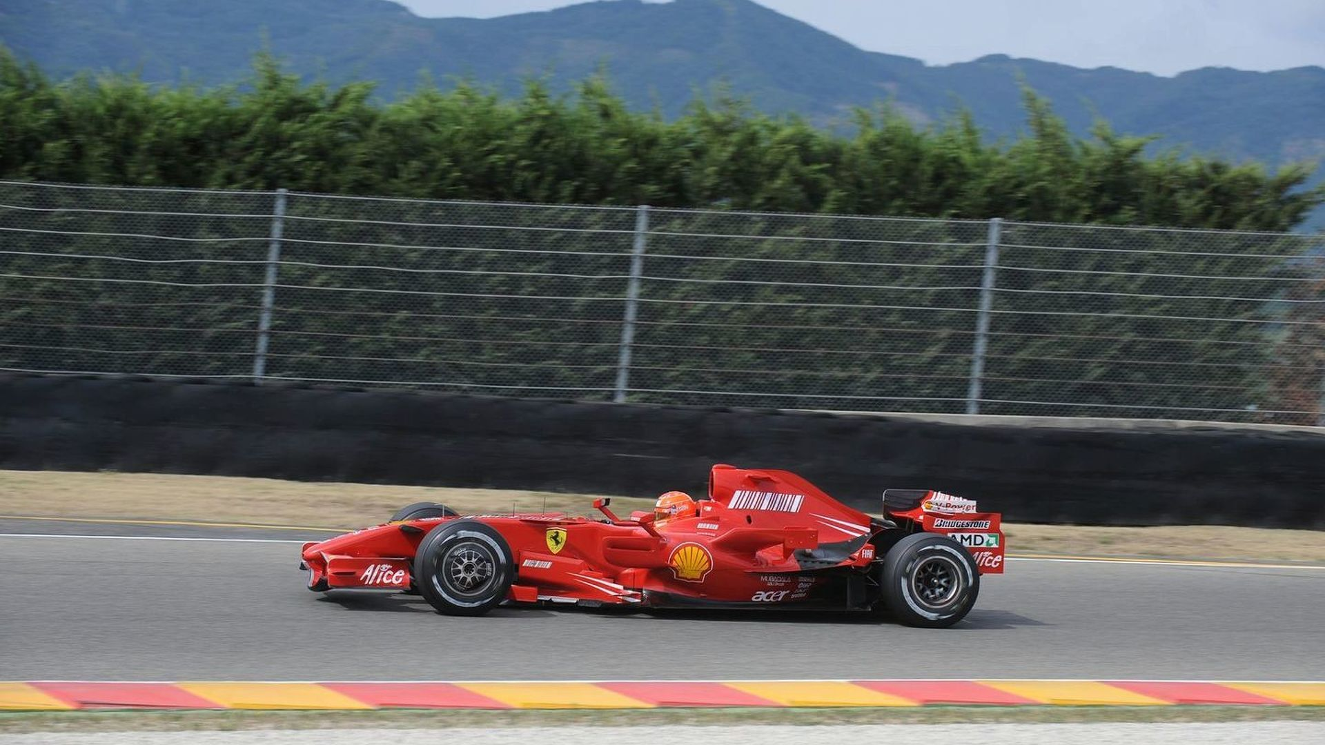 Schumacher to test F2007 again this week
