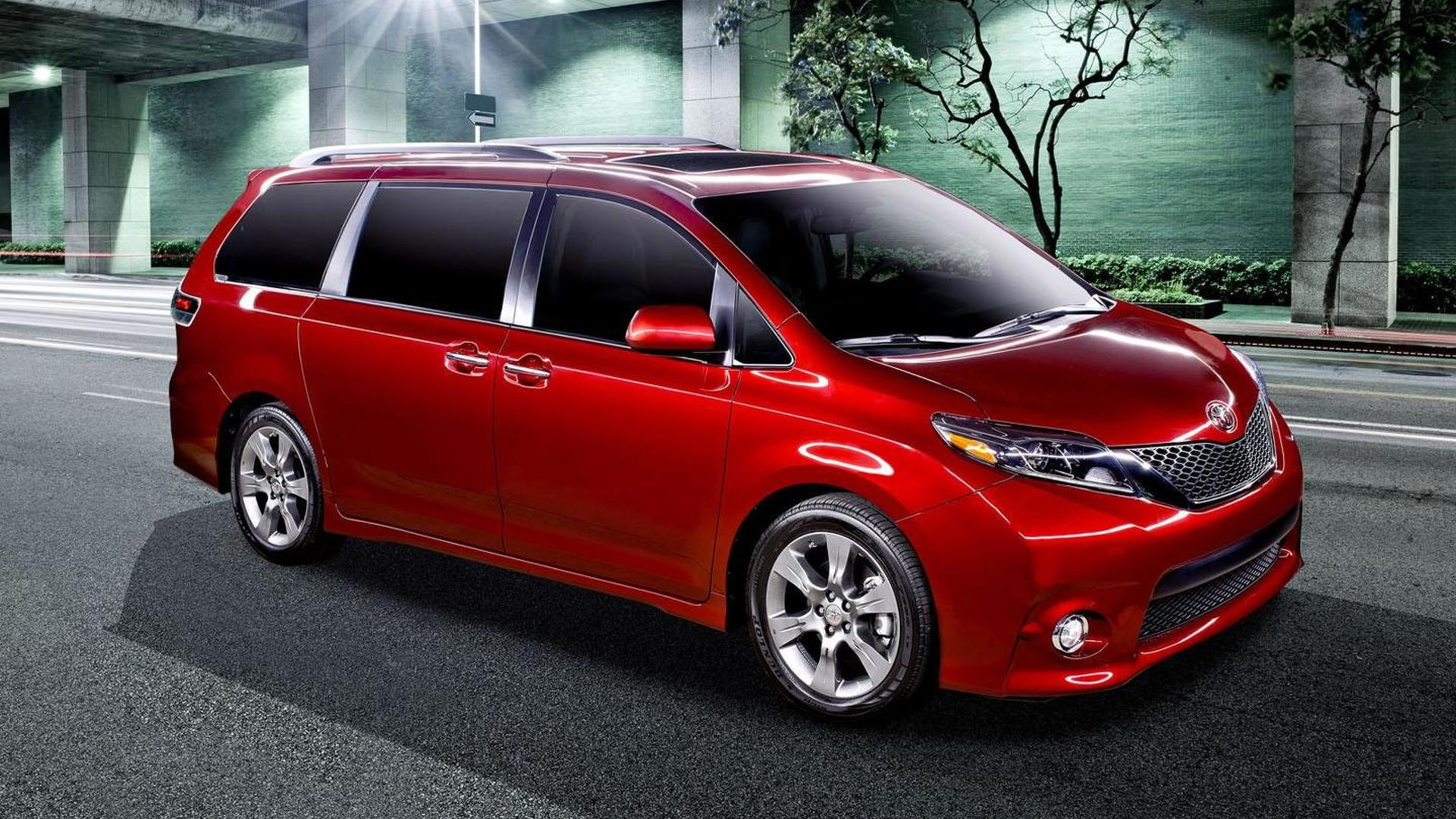 Toyota Sienna News and Reviews