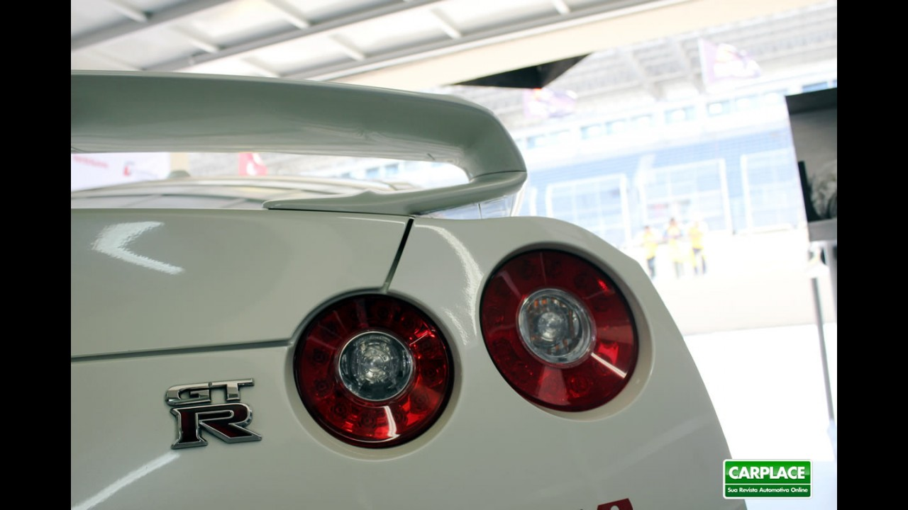 Fotos: Nissan GT-R no FIA GT1 World Championship em Interlagos
