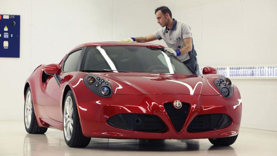 Alfa Romeo shows how the 4C is built