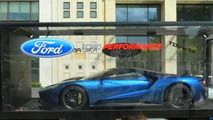 Ford GT touring London like a diecast model