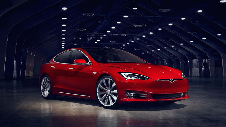 Man with terminal cancer bumped up production queue for Tesla Model S