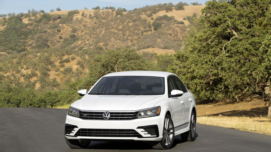 2016 Volkswagen Passat facelift officially unveiled