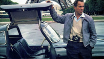 DDD with his Gullwing in Paris 1956
