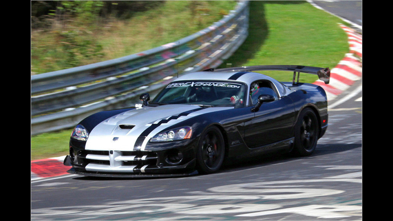 Dodge Viper ACR, Dominik Farnbacher, 2011
