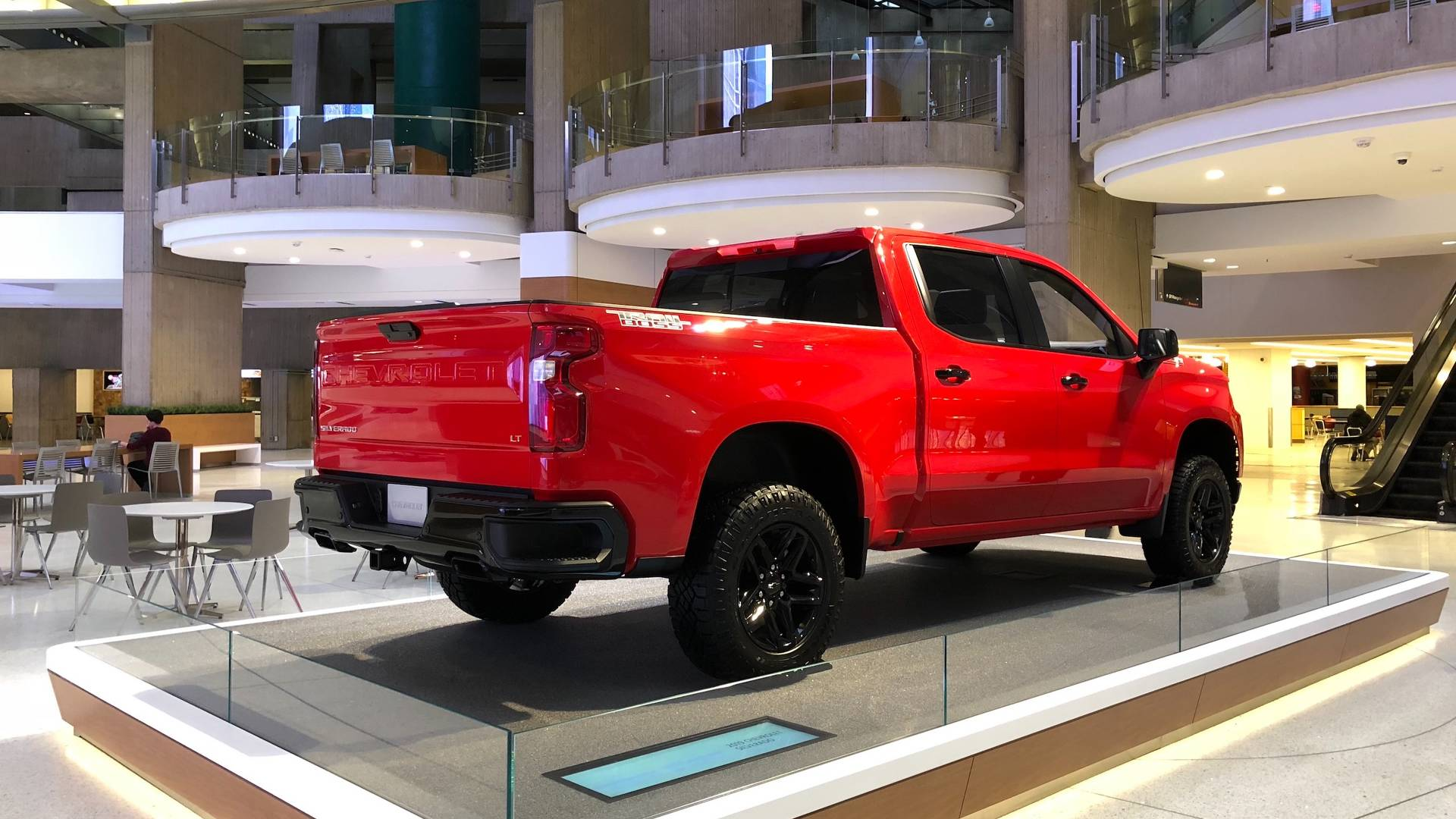Chevy Says Silverado Trailboss Is No Raptor But Should Sell Well