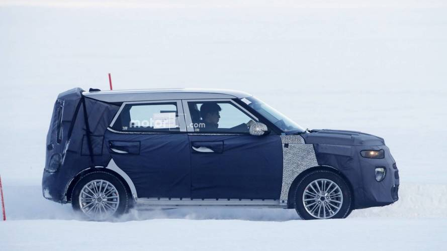 Next-Gen Kia Soul Spied For The First Time [UPDATE]