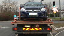 Opel Vectra mule spy photos