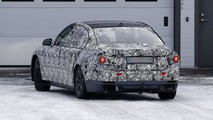 2015 / 2016 BMW 7-Series spy photo