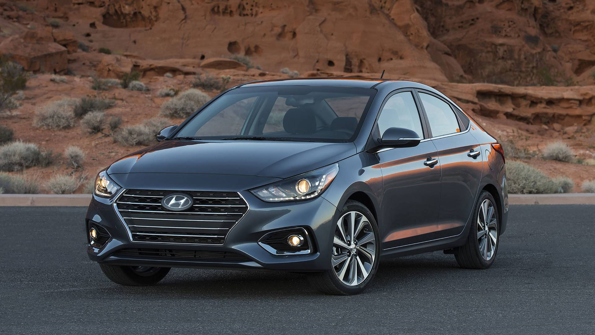2018 hyundai accent first drive cheap refinement. Black Bedroom Furniture Sets. Home Design Ideas