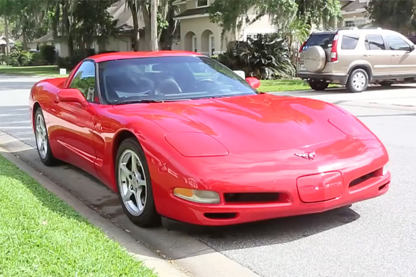 A 2000 Chevrolet Corvette Has Racked Up 700,000 Miles