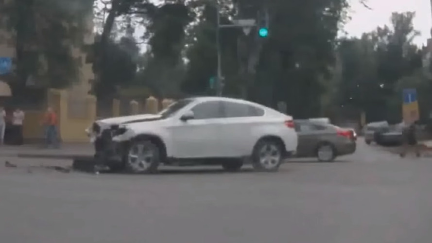 BMW X6 crash compilation is a guilty pleasure
