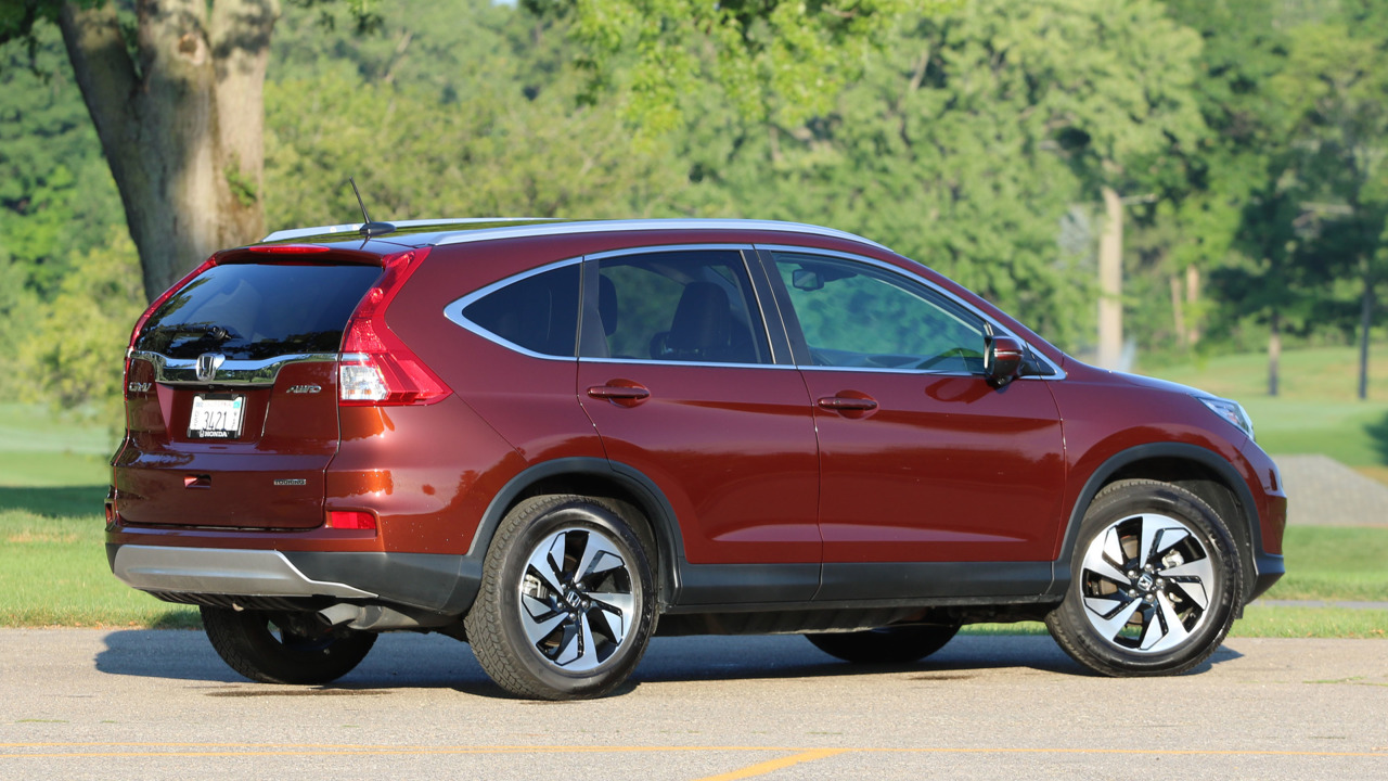 Nissan Santa Maria >> Review: 2016 Honda CR-V