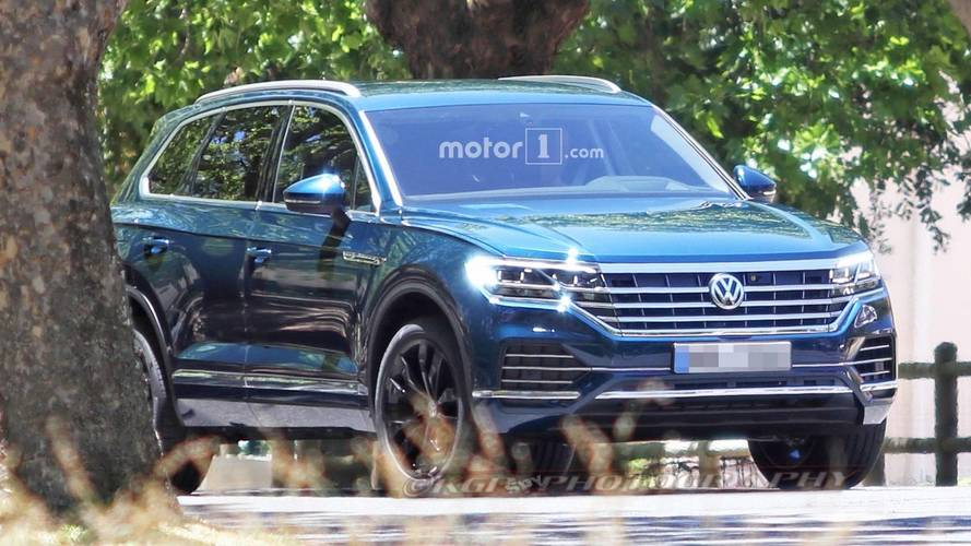 2019 VW Touareg Details Emerge: Longer, Wider, Lighter, 7 Seats
