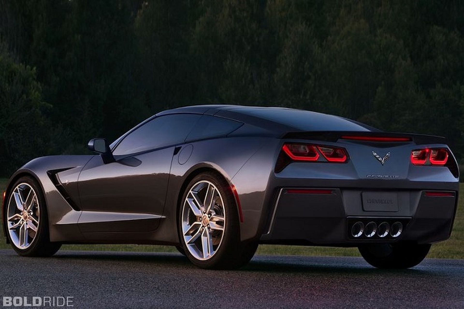 Corvette Stingray Having a Little Engine Trouble
