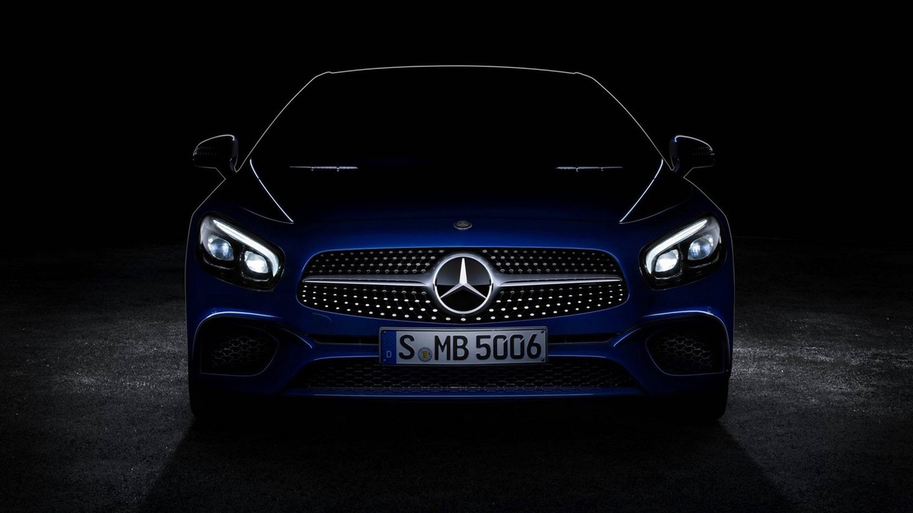 2017 Mercedes-Benz SL facelift teaser
