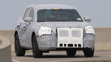 2020 Lincoln MKC Replacement Spied Before 2019 Refresh Available
