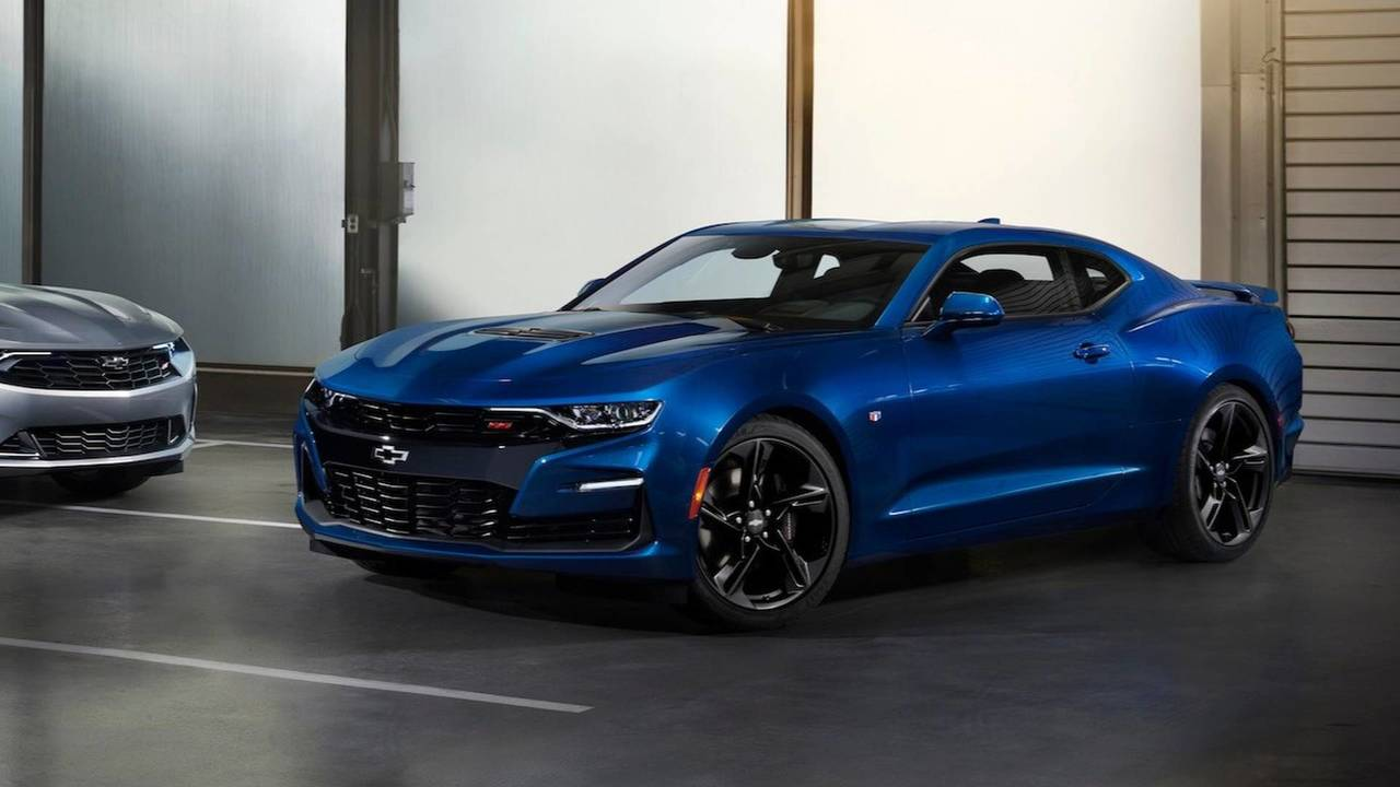 imagine a chevy camaro ev suv to take on ford 39 s mustang crossover. Black Bedroom Furniture Sets. Home Design Ideas