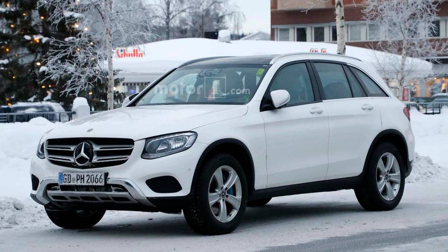 New Mercedes-Benz GLC-Class Interior Spied For First Time