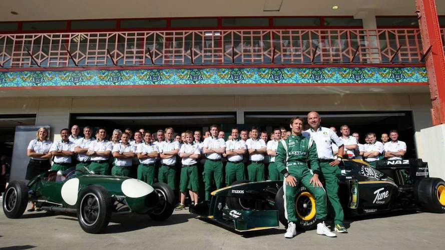 Lotus eyes 15 more staff for F1 team