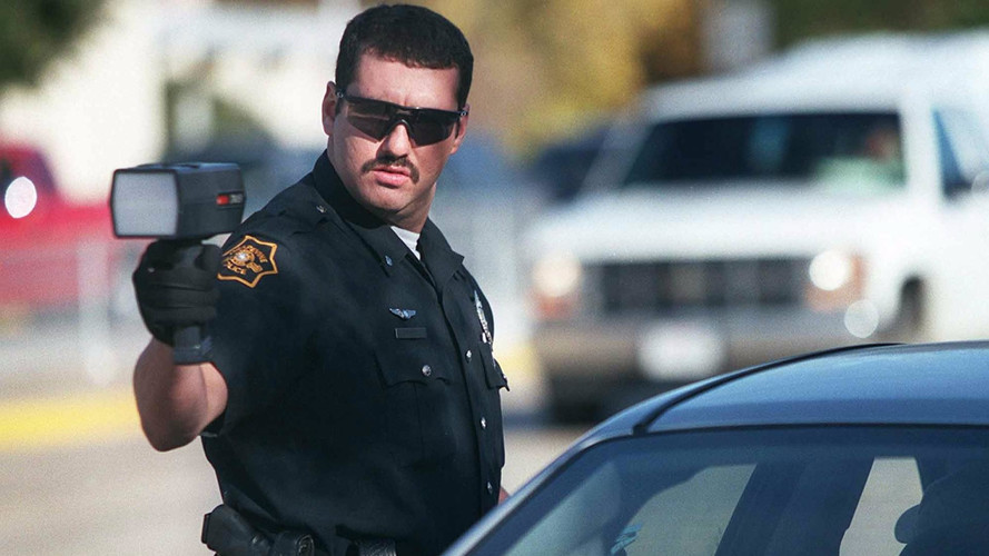 Is it Illegal to Use a Radar Detector in Canada?