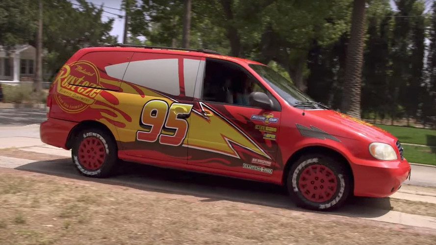 Disney Pimped One Mom's Minivan To Look Like Lightning McQueen