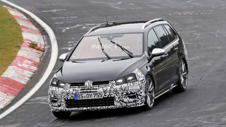 VW Golf R Variant facelift spied one last time ahead of November reveal
