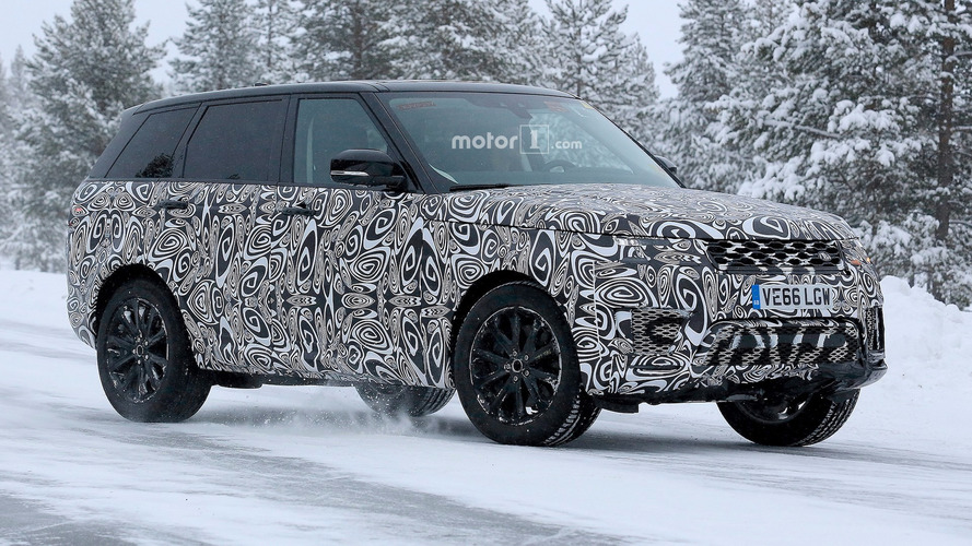 Facelifted Range Rover Sport spied again