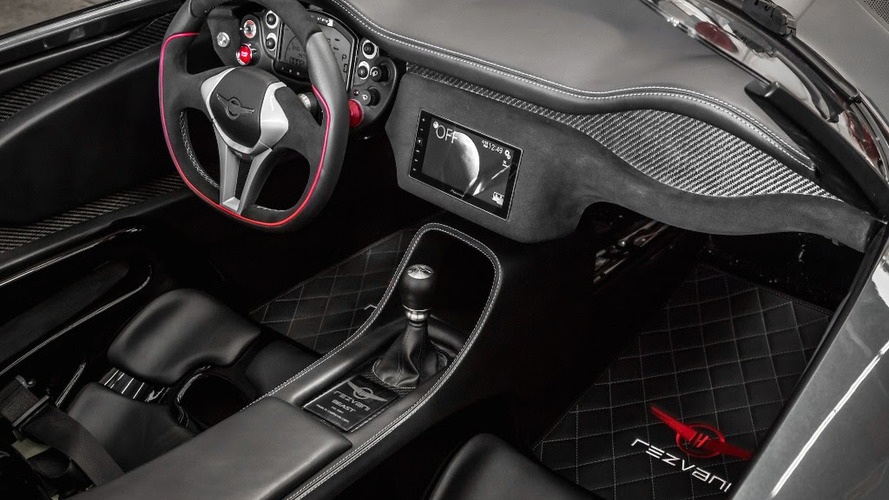 Rezvani Beast interior further refined with carbon fiber, Alcantara