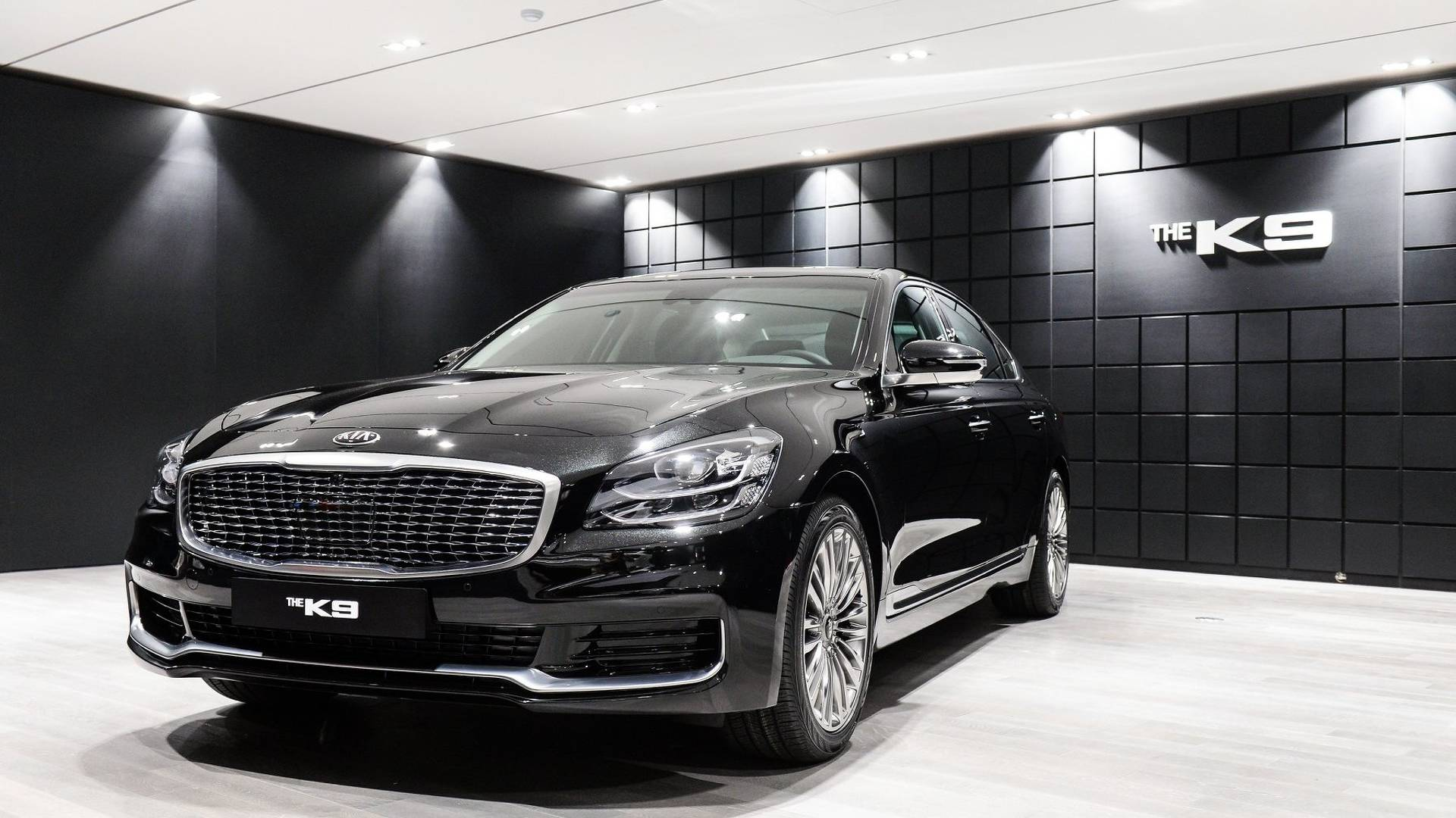 2018 Kia K900 Getting More Standard Kit Price Hike Of Up To 5 000