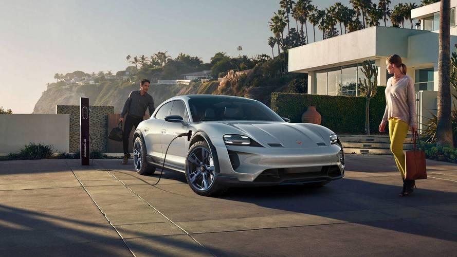 Porsche Cross Turismo'nun ne zaman piyasaya çıkacağı belli oldu